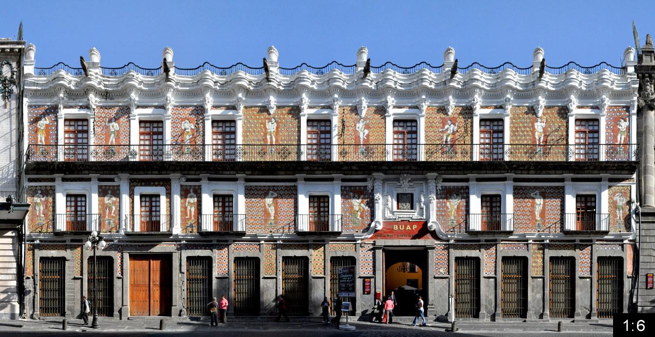Casa de los munecos puebla mexico for Casa mansion puebla